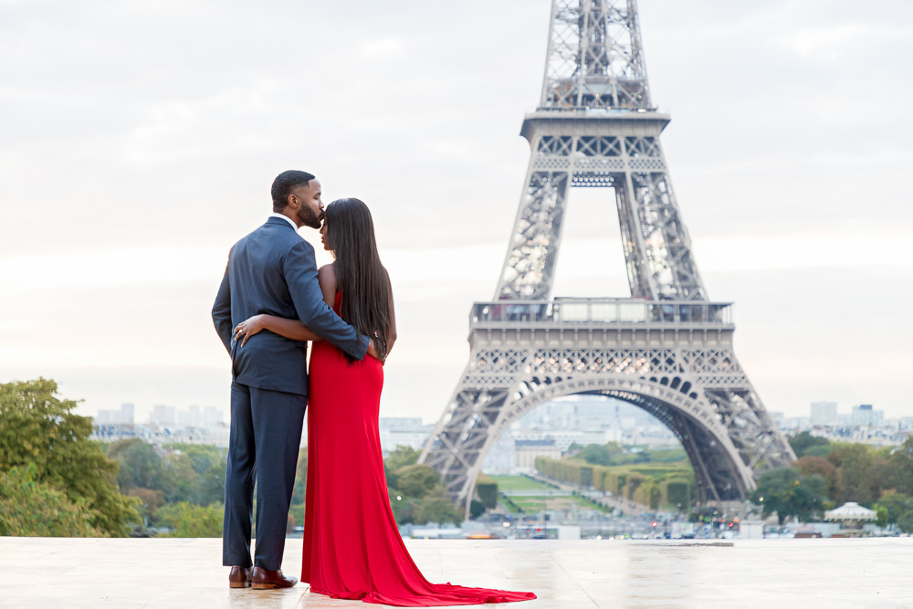 Paris photographer for my engagement photos