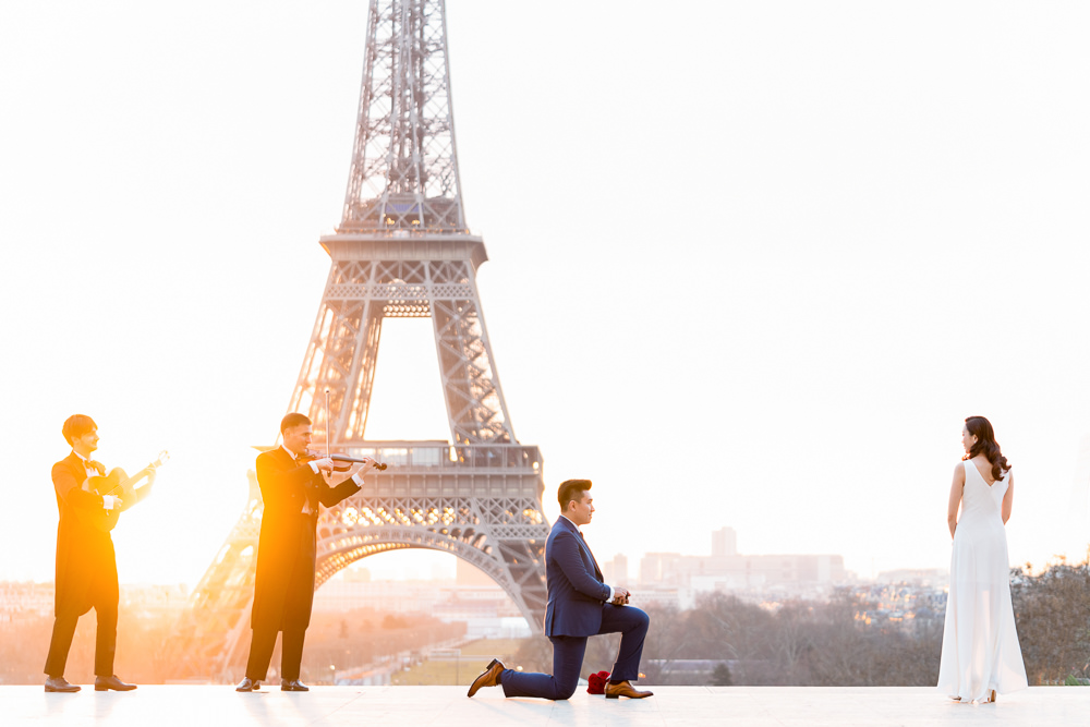 Paris photographer to capture my surprise marriage proposal