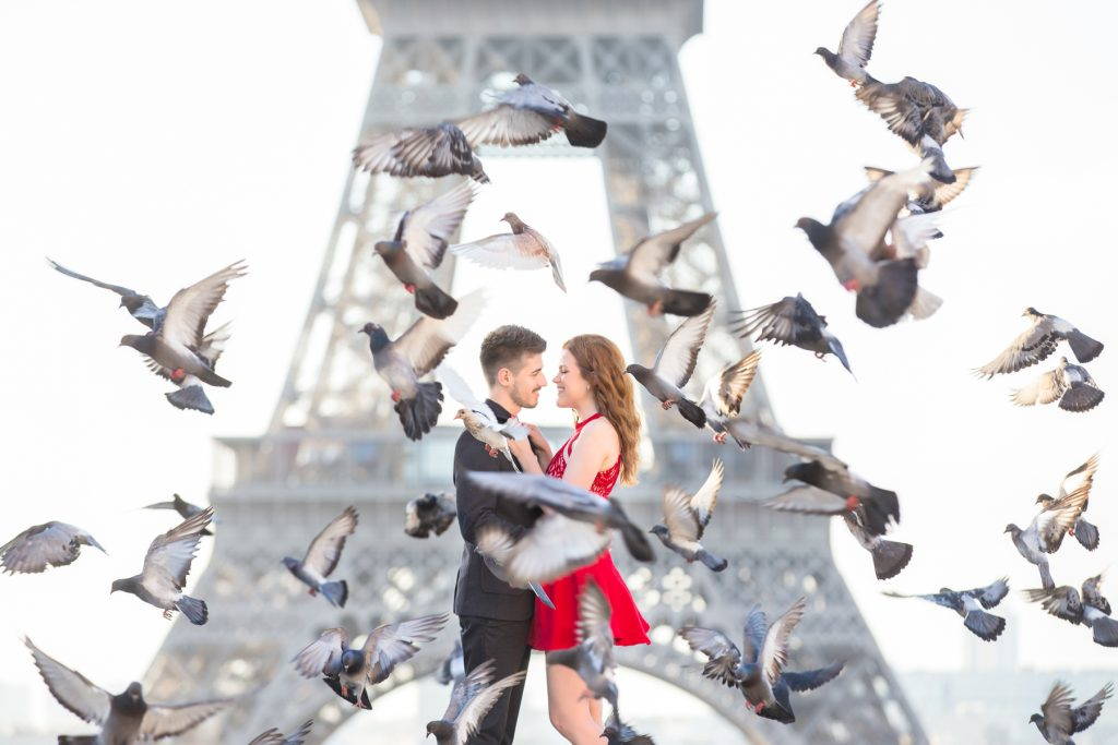 Paris Engagement Session at the Eiffel Tower with pidgeons