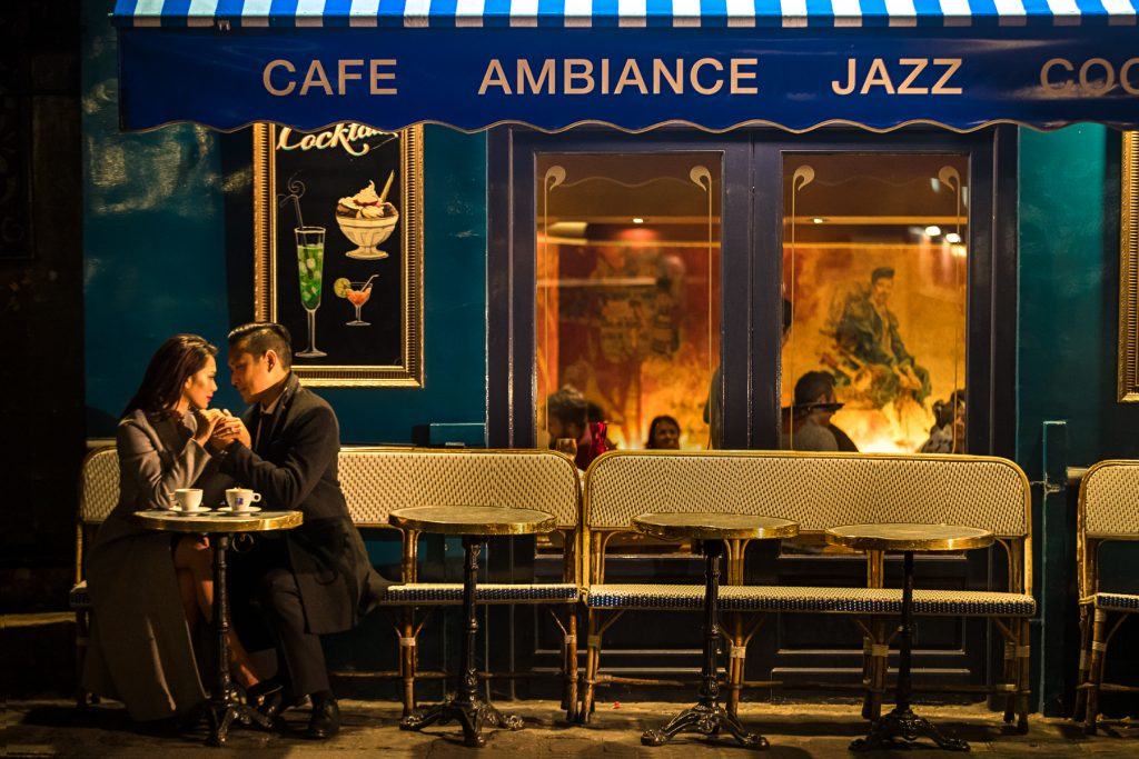 Paris evening engagement at Montmartre