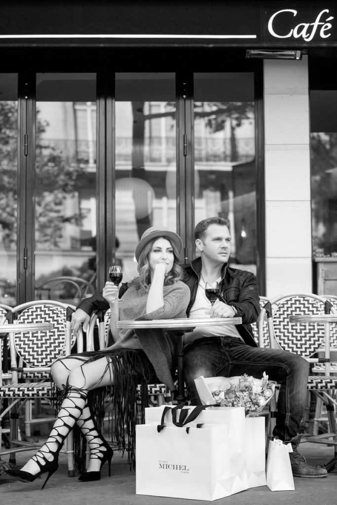 Paris engagement session Cafe scene