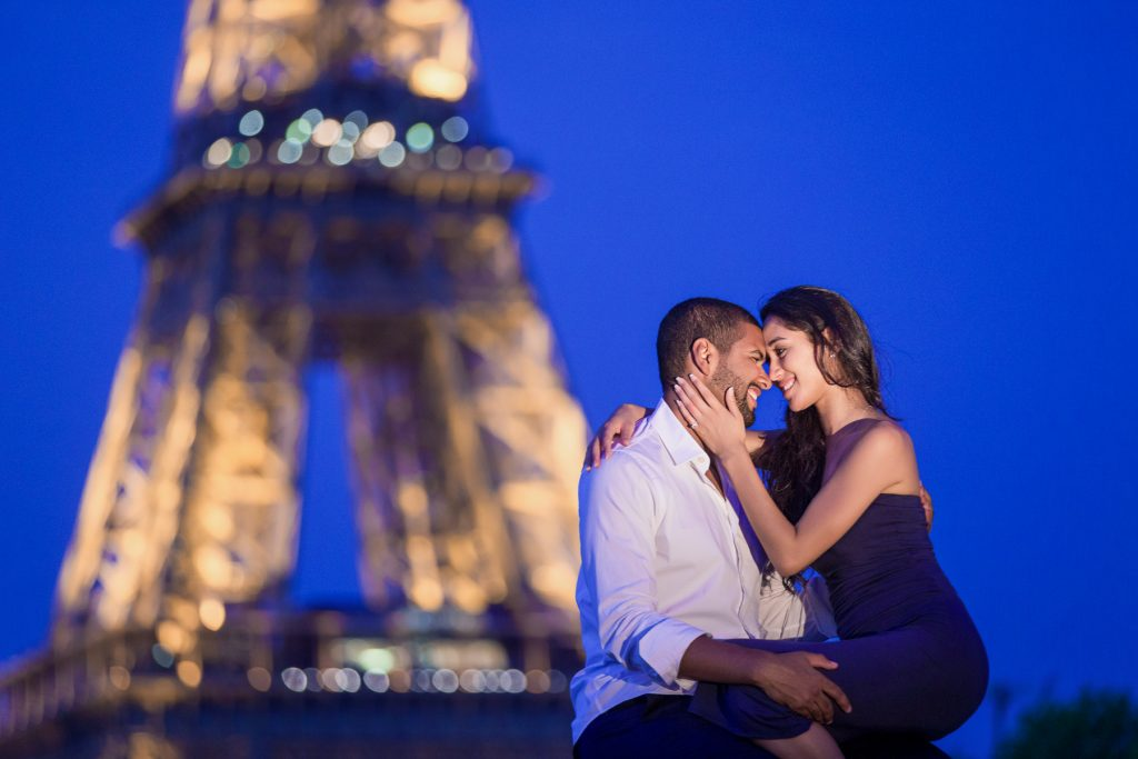 Paris proposal at the Eiffel Tower Bir-Hakeim Bridge during the Blue Hour